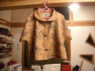 柿渋染めの服