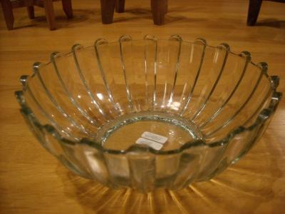 リーヒマキガラス